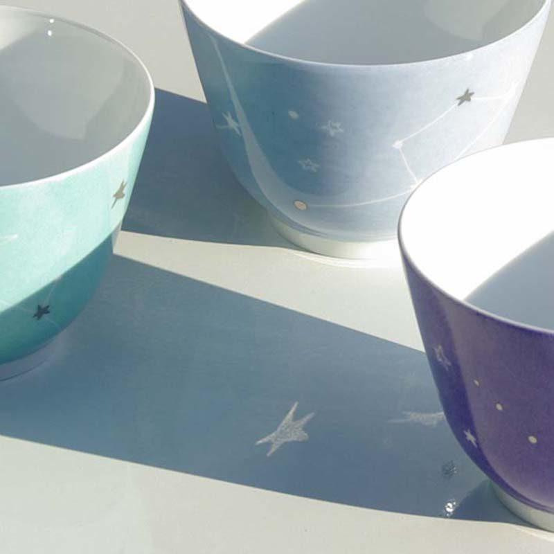 coupelle ou bol en porcelaine, motif étoile et constellations, peint à la main