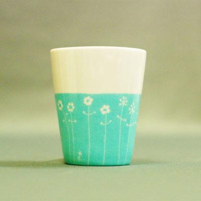 gobelet ou tasse expresso en porcelaine, peinte à la main, turquoise