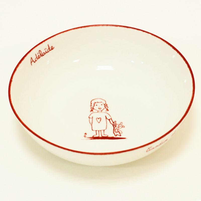 assiette creuse fillette au doudou peint à la main, porcelaine de Limoges