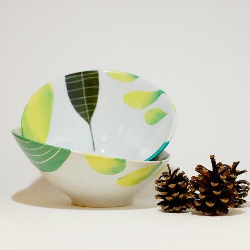 coupelle oblique en porcelaine collection chlorophylle, peint à la main